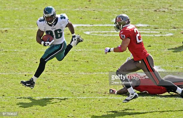 Running back Brian Westbrook of the Philadelphia Eagles runs the ball during the game against the Tampa Bay Buccaneers on October 11 2009 at Lincoln...