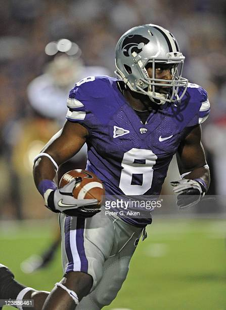 Running back Bryce Brown of the Kansas State Wildcats rushes to the outside against the Eastern Kentucky Colonels during the second half on September...