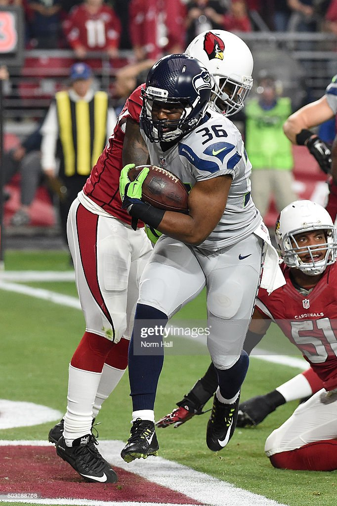Running back Bryce Brown #36 of the Seattle Seahawks rushes the football one yard to score a touchdown in the first quarter against the Arizona Cardinals at University of Phoenix Stadium on January 3, 2016 in Glendale, Arizona.