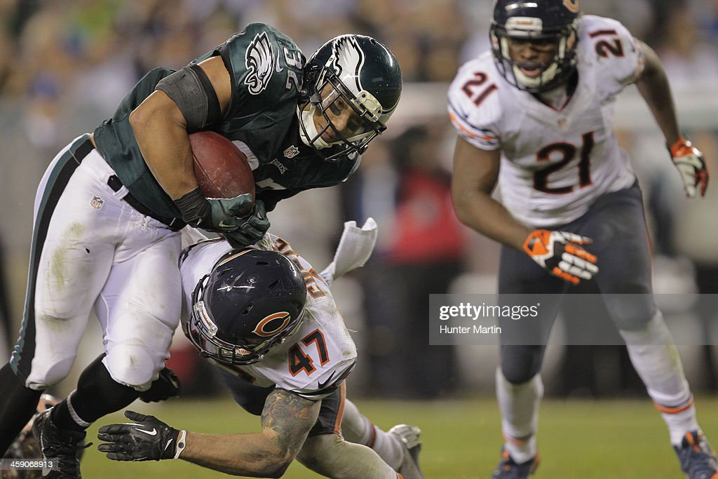 Running back Chris Polk #32 of the Philadelphia Eagles scores a touchdown during a game against the Chicago Bears on December 22, 2013 at Lincoln Financial Field in Philadelphia, Pennsylvania. The Eagles won 54-11.