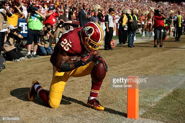 Running back Chris Thompson of the Washington Redskins celebrates after scoring a fourth quarter touchdown against the Cleveland Browns at FedExField...