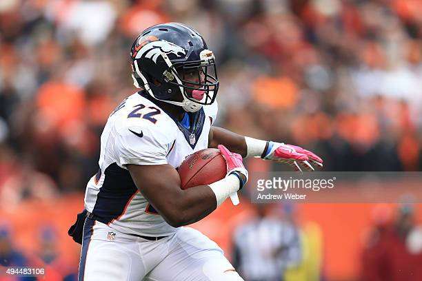 running back CJ Anderson of the Denver Broncos against the Cleveland Browns at Cleveland Browns Stadium on October 18 2015 in Cleveland Ohio Broncos...