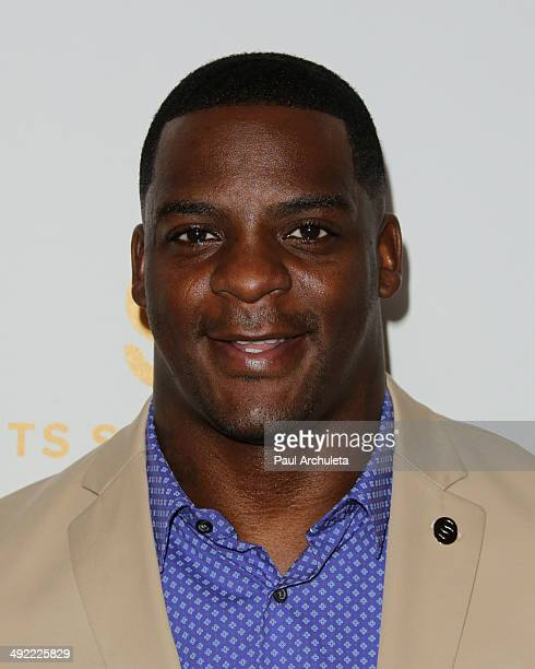 Running Back Clinton Portis attends the 29th Anniversary Sports Spectacular Gala at the Hyatt Regency Century Plaza on May 18 2014 in Century City...