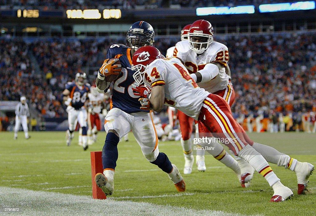 Chiefs v Broncos : News Photo