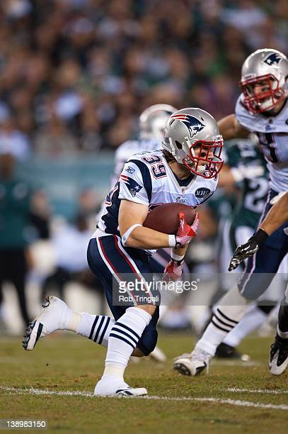 Running back Danny Woodhead of the New England Patriots runs the ball  during the game against c1e34a12a