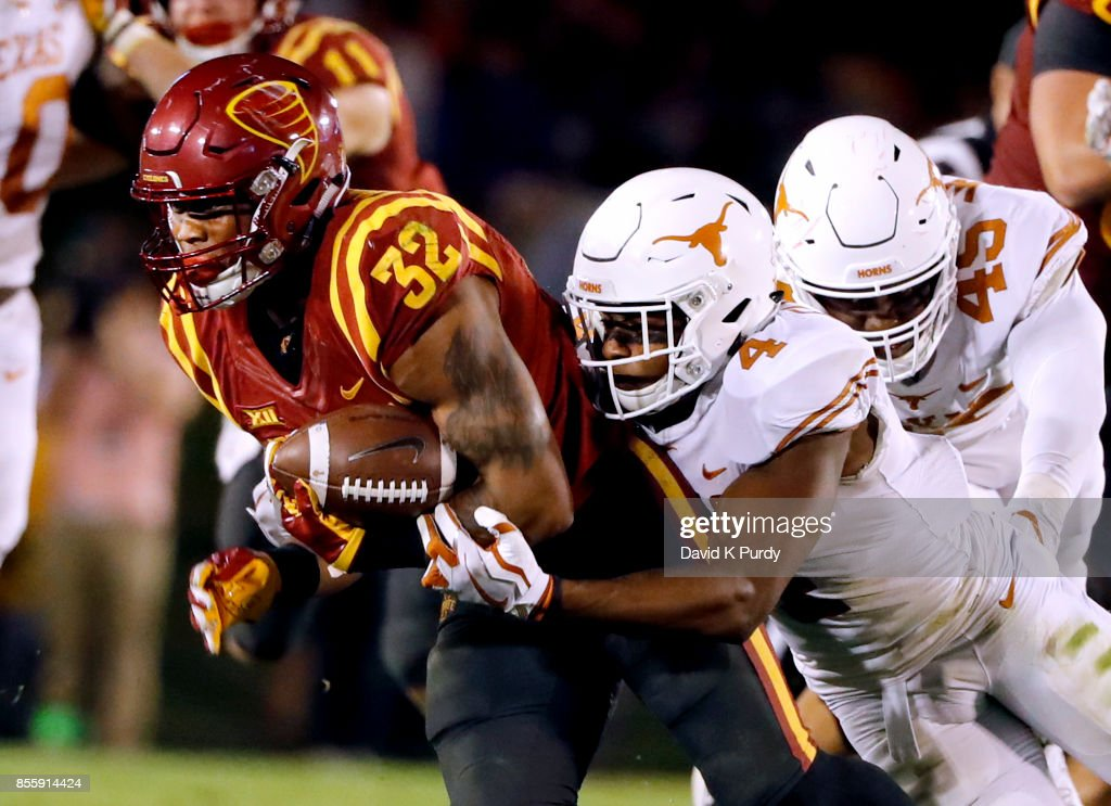 Texas v Iowa State : News Photo