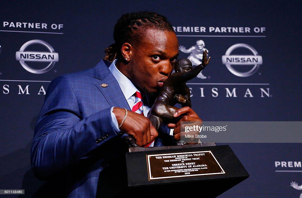 2015 Heisman Trophy Presentation : News Photo