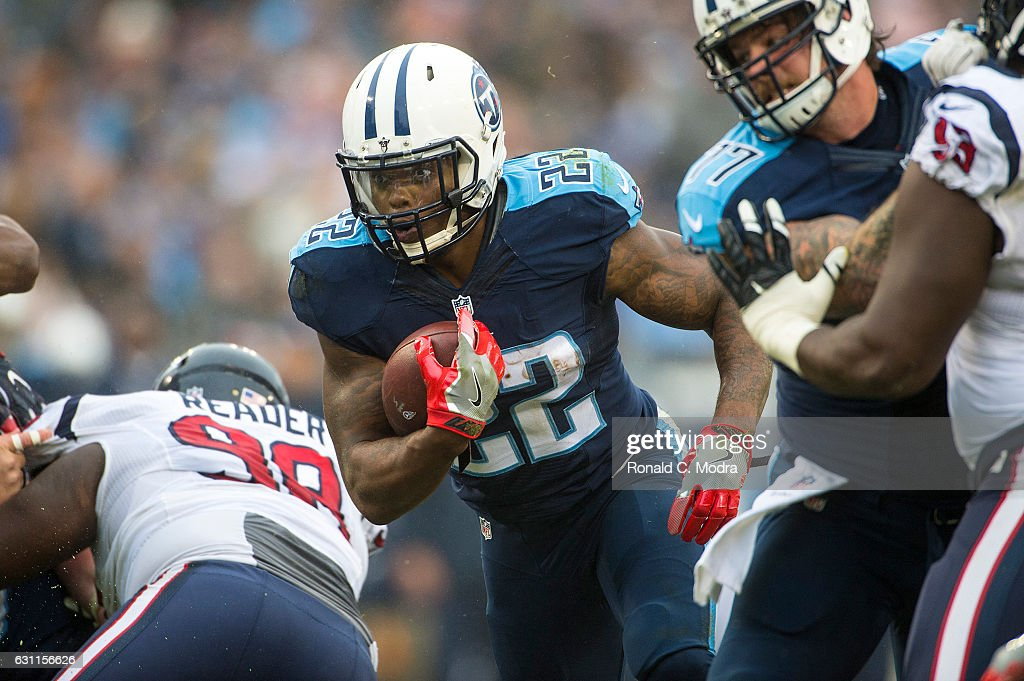 Running back Derrick Henry #22 of the Tennessee Titans carries the ball during a NFL game against the Houston Texans at Nissan Stadium on January 1, 2016 in Nashville, Tennessee.