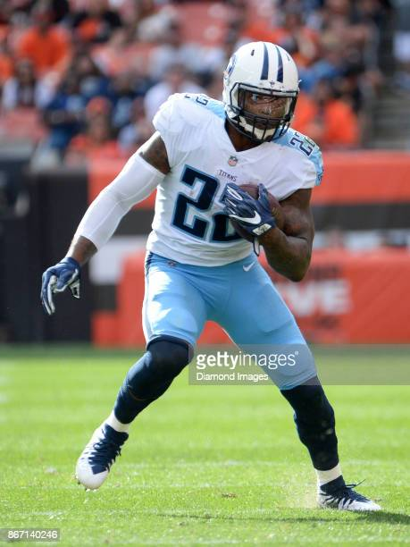 Running back Derrick Henry of the Tennessee Titans carries the ball in the third quarter of a game on October 22 2017 against the Cleveland Browns at...