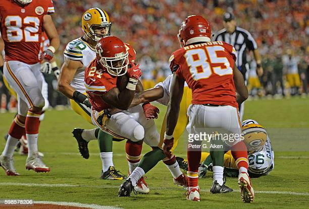 Running back D.J. White of the Kansas City Chiefs rushes in for a touchdown against the Green Bay Packers during the first half on September 1, 2016...