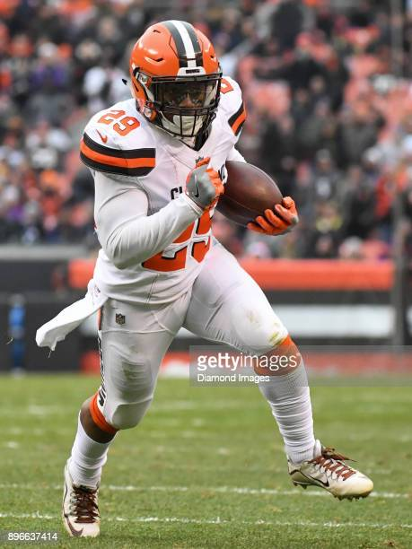 Running back Duke Johnson Jr #29 of the Cleveland Browns carries the ball downfield in the second quarter of a game on December 17 2017 against the...