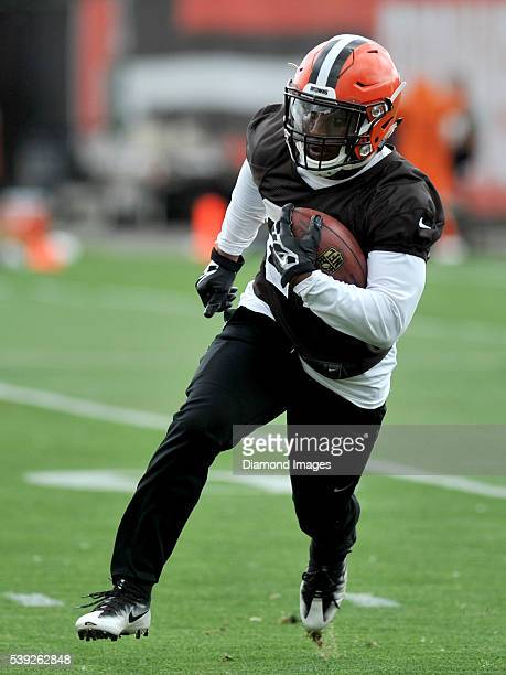 Running back Duke Johnson of the Cleveland Browns carries the ball during a mandatory minicamp on June 7 2016 at the Cleveland Browns training...