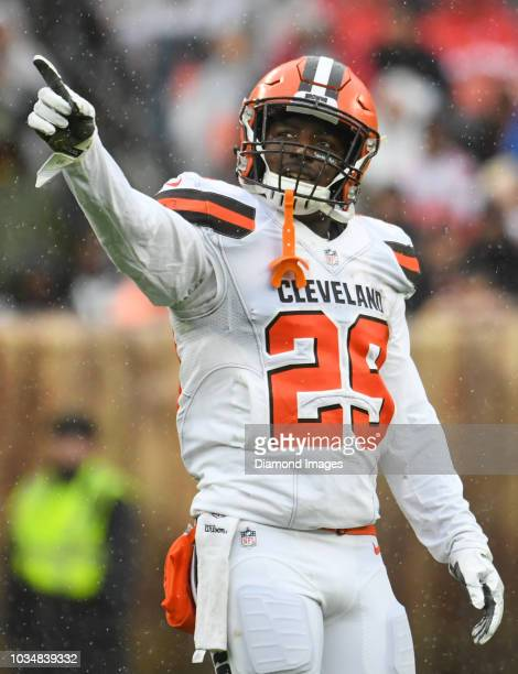 running back Duke Johnson of the Cleveland Browns points toward the video board in the second quarter of a game against the Pittsburgh Steelers on...