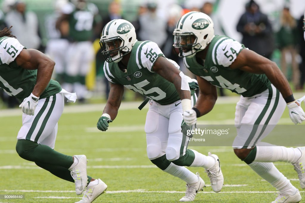 Los Angeles Chargers v New York Jets : News Photo