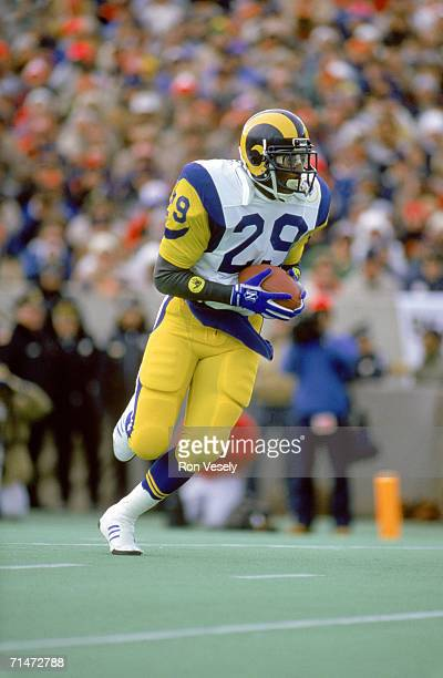 Running back Eric Dickerson of the Los Angeles Rams runs during a game