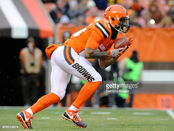 Running back George Atkinson III of the Cleveland Browns returns a kickoff during a game against the Pittsburgh Steelers on November 20 2016 at...