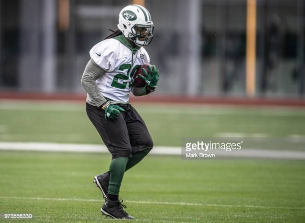 running back Isaiah Crowell of the New York Jets does a running drill during mandatory mini camp on June 13 2018 at The Atlantic Health Jets Training...