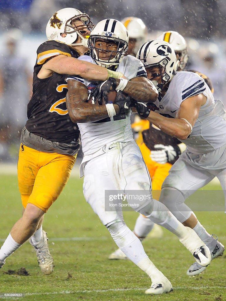 NCAA FOOTBALL: DEC 21 Poinsettia Bowl - BYU v Wyoming : News Photo
