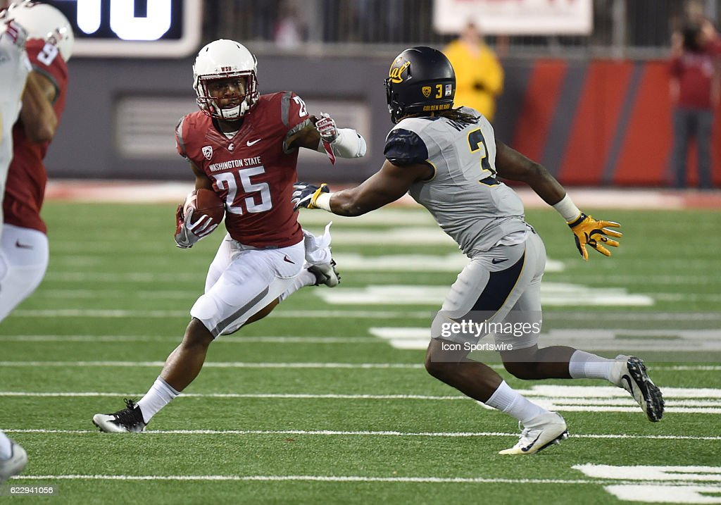 NCAA FOOTBALL: NOV 12 Cal at Washington State : News Photo