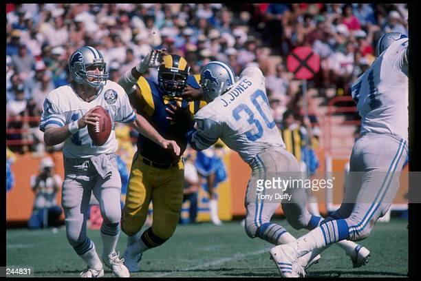 Running back James Jones gives protection for quarterback Eric Hipple of the Detroit Lions during their game against the Los Angeles Rams on October...