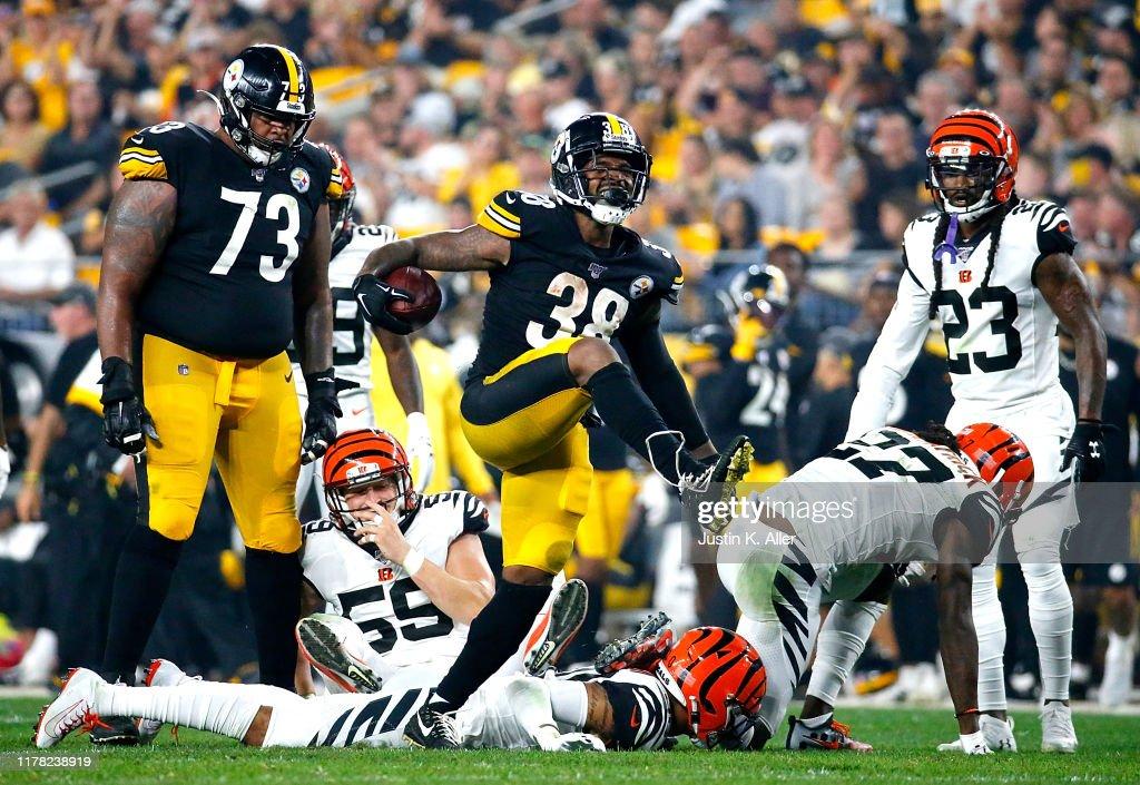 Cincinnati Bengals vPittsburgh Steelers : News Photo