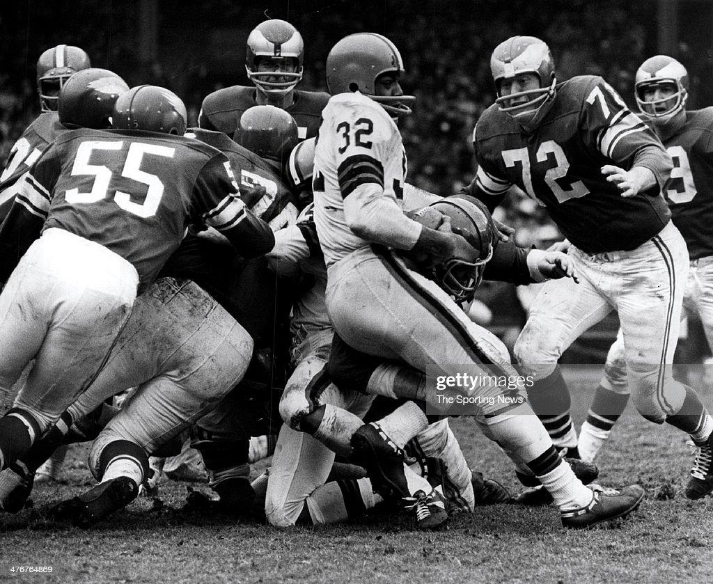 Jim Brown - Cleveland Browns : News Photo