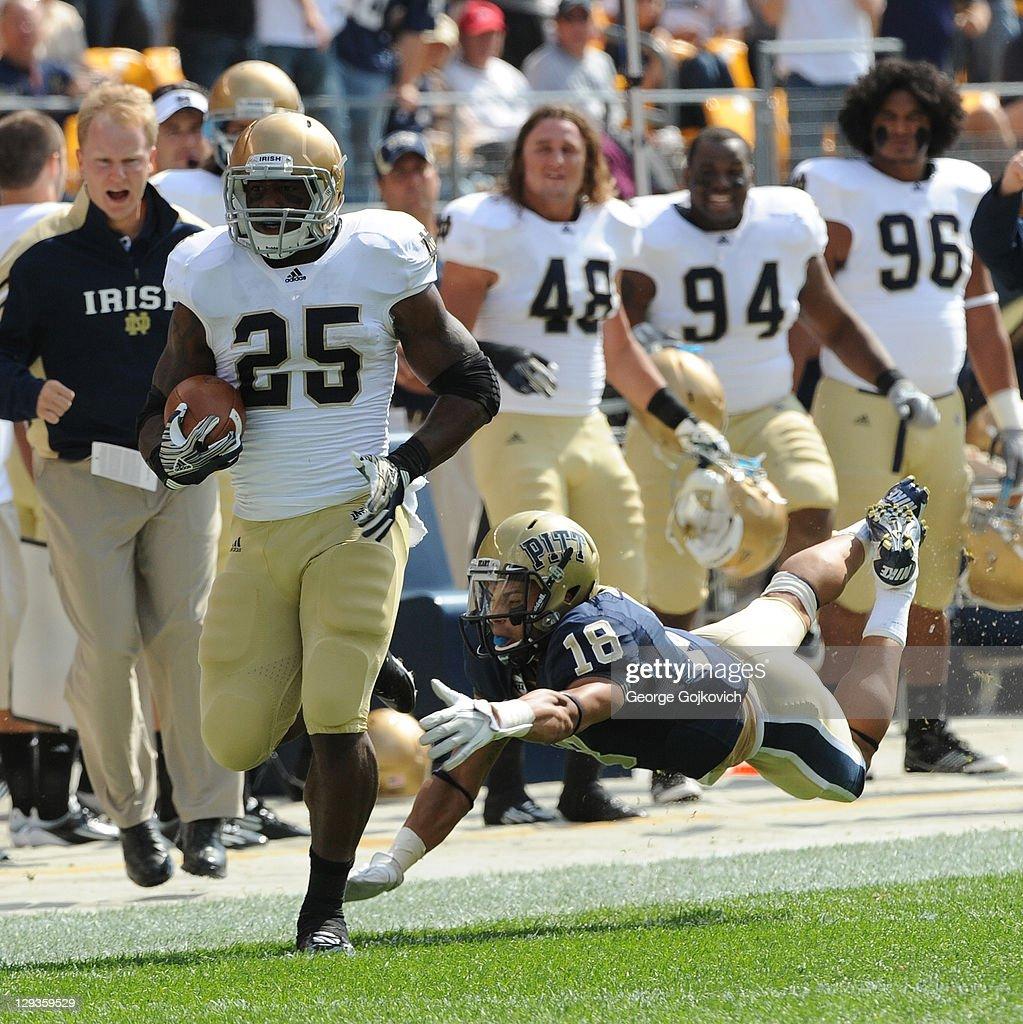 Notre Dame v Pittsburgh : News Photo
