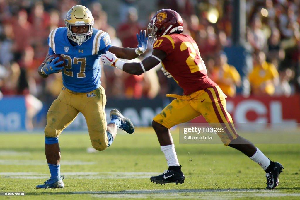 USC v UCLA : News Photo