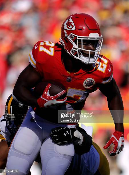 Running back Kareem Hunt of the Kansas City Chiefs carries the ball during the game against the Pittsburgh Steelers at Arrowhead Stadium on October...