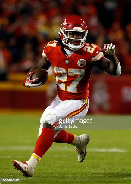 Running back Kareem Hunt of the Kansas City Chiefs carries the ball during the game against the Denver Broncos at Arrowhead Stadium on October 30...