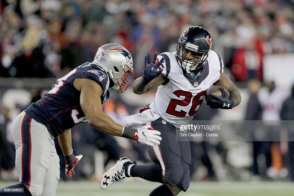 Houston Texans Vs New England Patriots : News Photo
