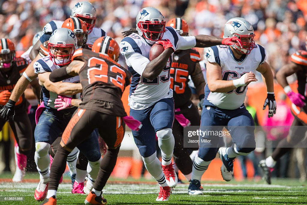 Running back LeGarrette Blount #29 of the New England Patriots runs for a gain during the first half against the Cleveland Browns at FirstEnergy Stadium on October 9, 2016 in Cleveland, Ohio.