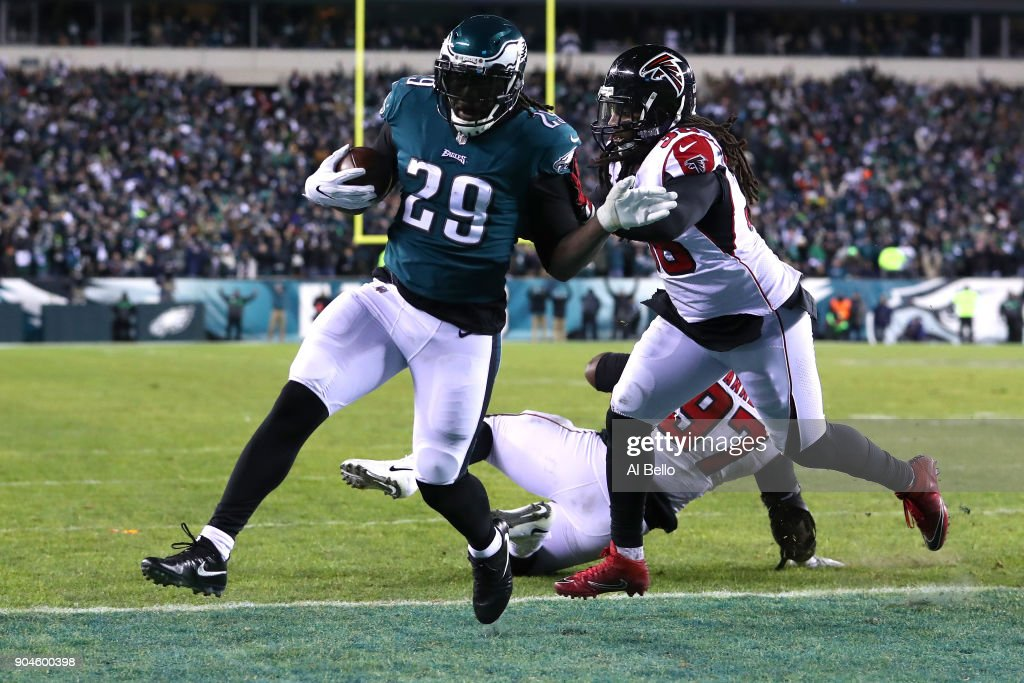 Divisional Round - Atlanta Falcons v Philadelphia Eagles : News Photo