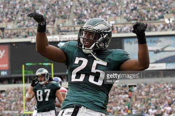 Running back LeSean McCoy of the Philadelphia Eagles celebrates after scoring a touchdown against the New York Giants during the second quarter at...