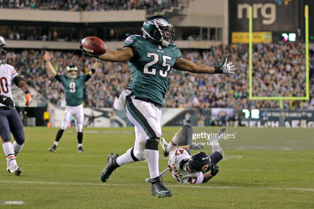 Running back LeSean McCoy #25 of the Philadelphia Eagles celebrates as he scores a touchdown during a game against the Chicago Bears on December 22, 2013 at Lincoln Financial Field in Philadelphia, Pennsylvania. The Eagles won 54-11.