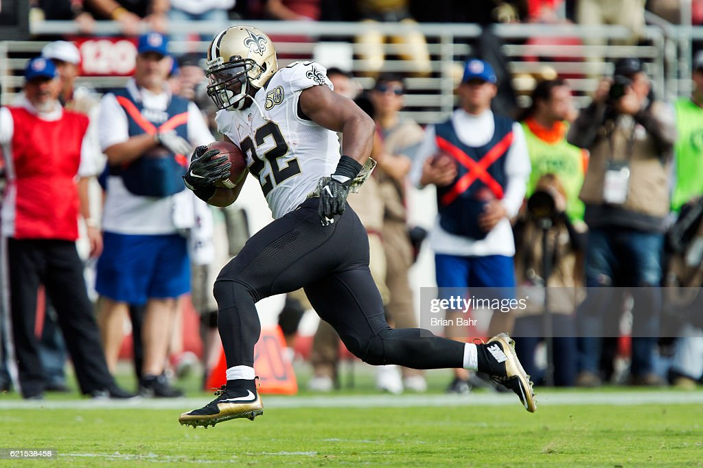 Running back Mark Ingram #22 of the New Orleans Saints breaks free for a 75-yard touchdown against the San Francisco 49ers in the second quarter on November, 6 2016 at Levi's Stadium in Santa Clara, California. The Saints won 41-23.