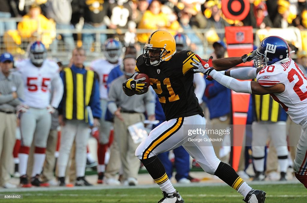 New York Giants v Pittsburgh Steelers : News Photo