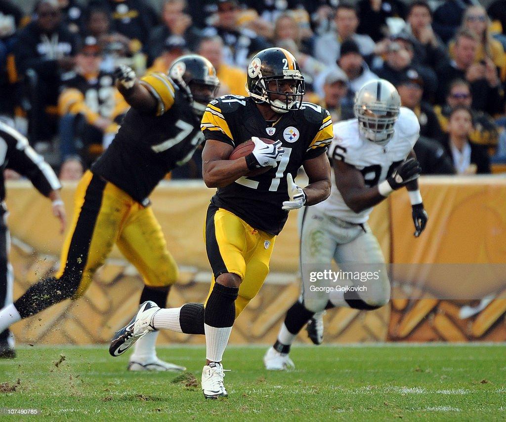 Oakland Raiders v Pittsburgh Steelers