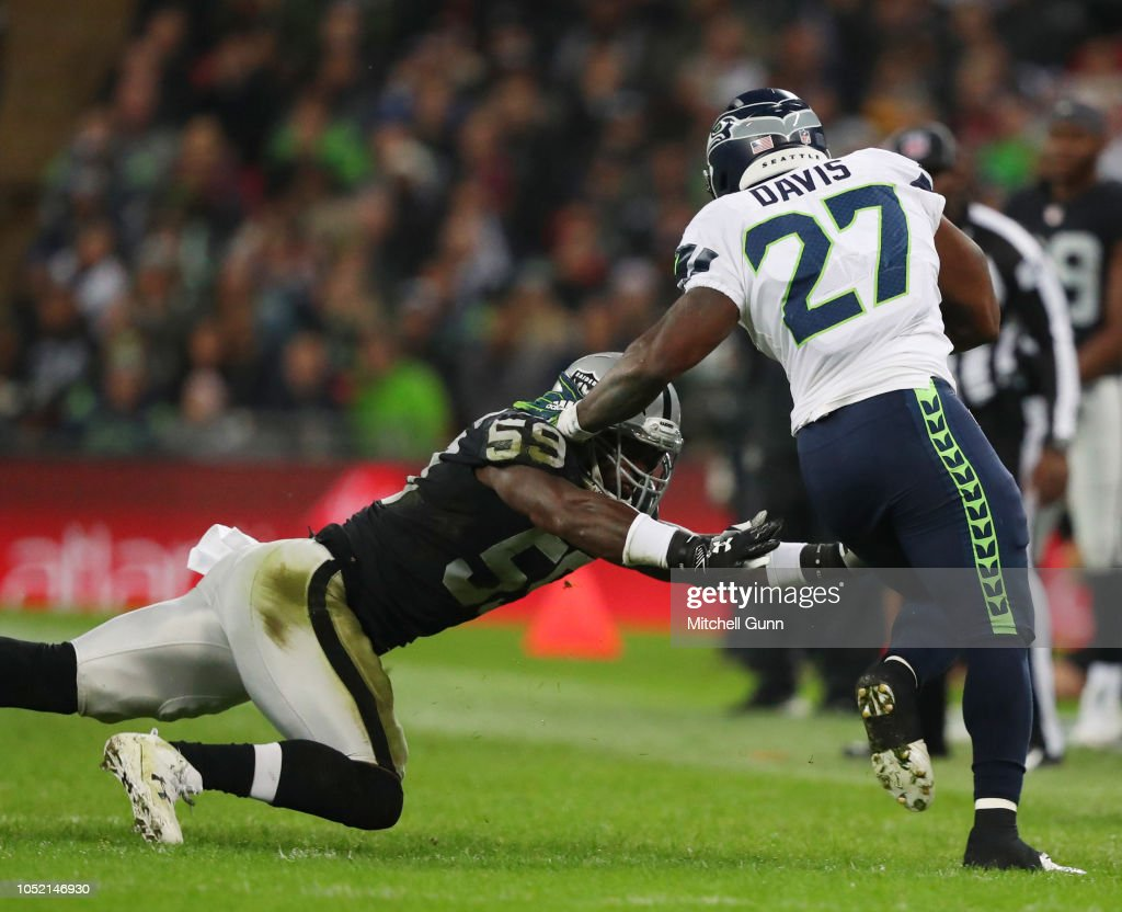 Seattle Seahawks v Oakland Raiders : News Photo