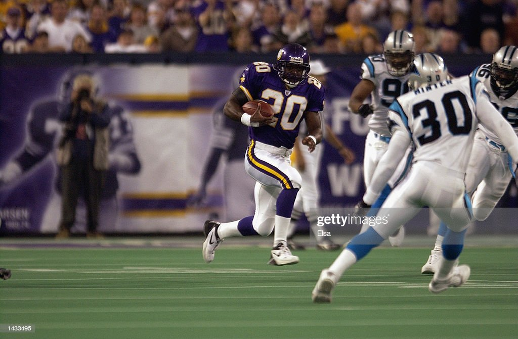 Running back Moe Williams #20 of the Minnesota Vikings carries the ball against the Carolina Panthers during the game on September 22, 2002 at the Hubert H. Humphrey Metrodome in Minneapolis, Minnesota. The Panthers defeated the Vikings 21-14.