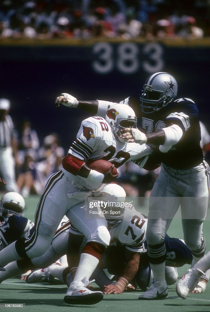 Dallas Cowboys v St. Louis Cardinals : News Photo