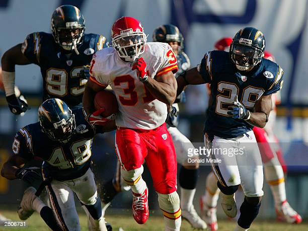 Running back Priest Holmes of the Kansas City Chiefs carries the ball against the San Diego Chargers during the game at Qualcomm Stadium on November...