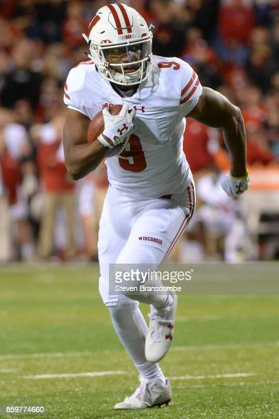 Running back Rachid Ibrahim of the Wisconsin Badgers runs against the Nebraska Cornhuskers at Memorial Stadium on October 7 2017 in Lincoln Nebraska