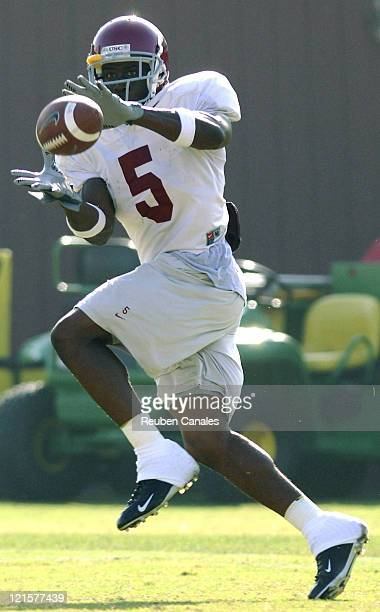 Running back Reggie Bush 2004 Heisman Trophy finalist during offensive drills at University of Southern California Trojans practice at Howard Jones...