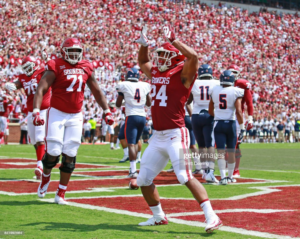 Running back Rodney Anderson #24 of the Oklahoma Sooners celebrates a touchdown against the UTEP Miners at Gaylord Family Oklahoma Memorial Stadium on September 2, 2017 in Norman, Oklahoma. Oklahoma defeated UTEP