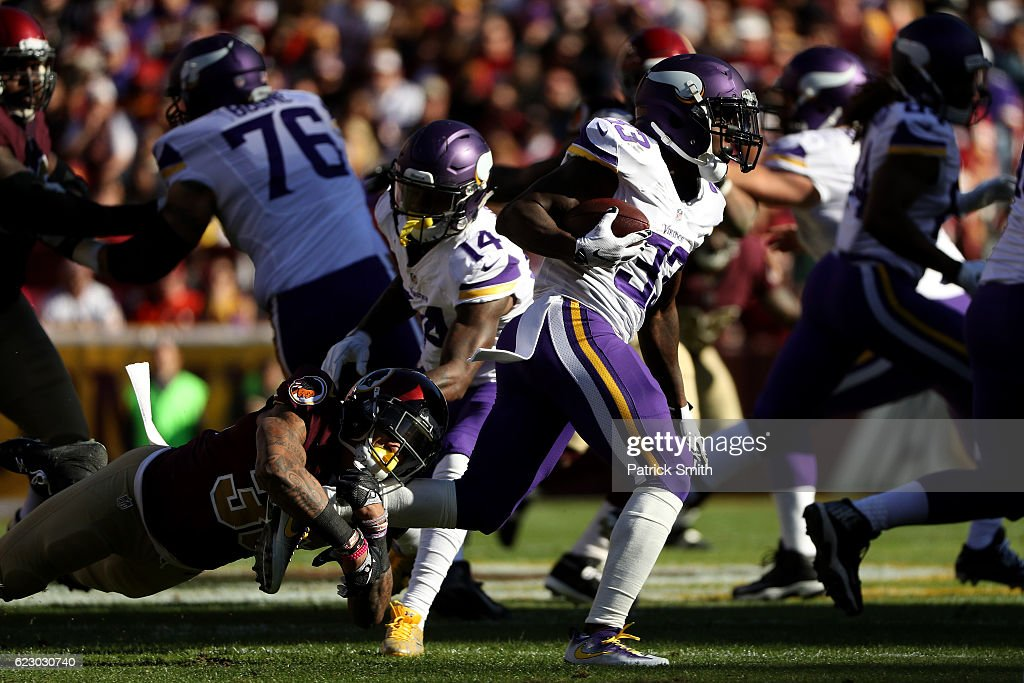 Running back Ronnie Hillman #33 of the Minnesota Vikings carries the ball against inside linebacker Su'a Cravens #36 of the Washington Redskins in the first quarter at FedExField on November 13, 2016 in Landover, Maryland.