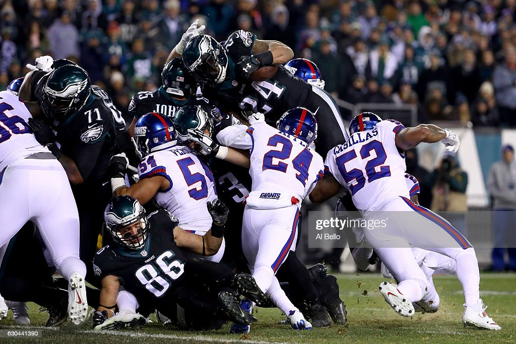 Running back Ryan Mathews #24 of the Philadelphia Eagles gets stopped by the New York Giants at the 2 yard line on 4th and goal during the third quarter of the game at Lincoln Financial Field on December 22, 2016 in Philadelphia, Pennsylvania.