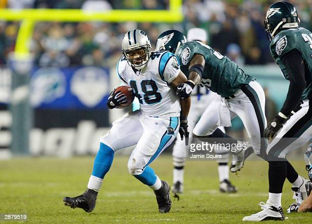 Running back Stephen Davis of the Carolina Panthers carries the football against the Philadelphia Eagles in the first quarter during the NFC...