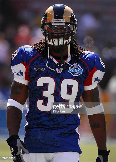 NFC running back Steven Jackson of the St Louis Rams during 3128 loss to the AFC in the NFL Pro Bowl at Aloha Stadium in Honolulu HI on Saturday...