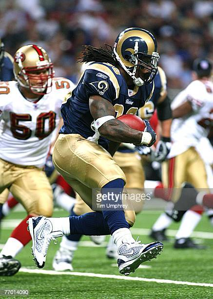 Running back Steven Jackson of the St Louis Rams runs down field against the San Francisco 49ers at the Edward Jones Dome on September 16 2007 in St...